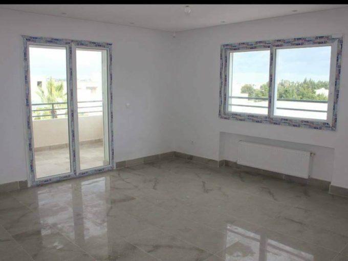 Location un tage de villa s 3 meubl gammarth for City meuble tunisie soukra